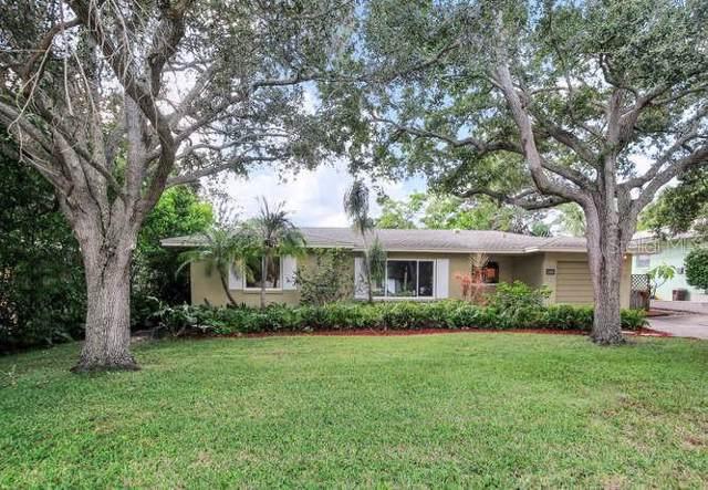 14686 Wildwood Drive, Largo, FL 33774 (MLS #U8062634) :: Charles Rutenberg Realty