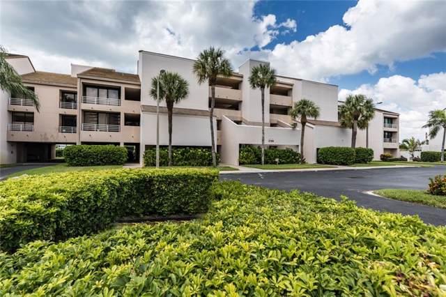 2785 Kipps Colony Drive S #204, Gulfport, FL 33707 (MLS #U8062865) :: The Light Team