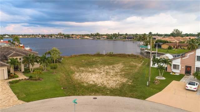 1300 SW 43RD Street, Cape Coral, FL 33914 (MLS #U8063299) :: Delgado Home Team at Keller Williams