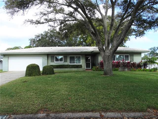 2154 Academy Drive, Clearwater, FL 33764 (MLS #U8068313) :: The Duncan Duo Team