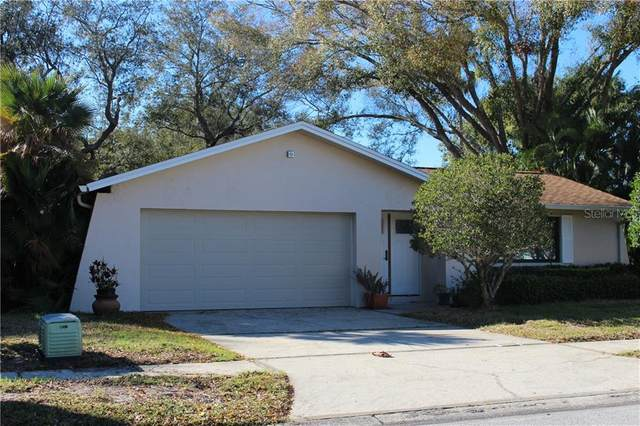 10018 121ST Street, Seminole, FL 33772 (MLS #U8074940) :: Lock & Key Realty