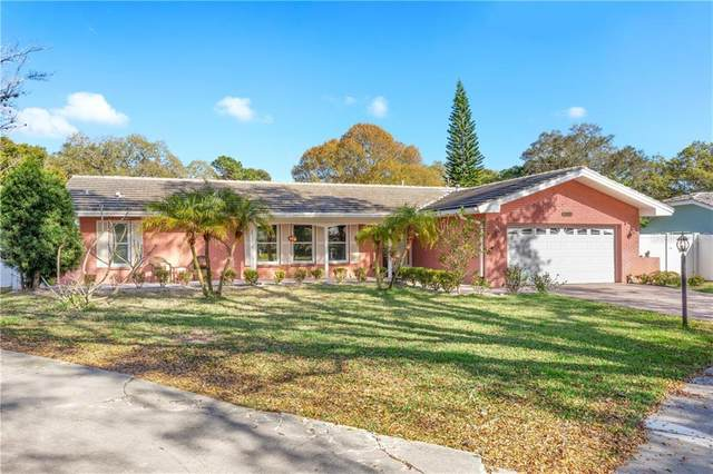 1001 Grovewood Court, Clearwater, FL 33764 (MLS #U8075021) :: Cartwright Realty