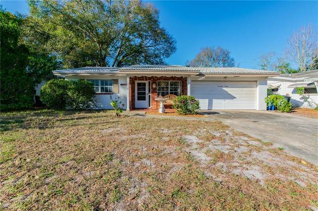 1716 Greenlea Drive, Clearwater, FL 33755 (MLS #U8075289) :: The Duncan Duo Team