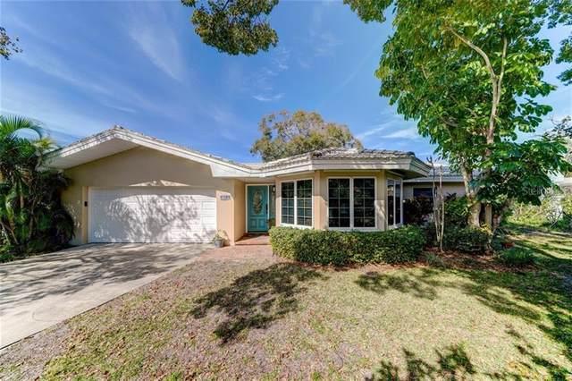 3971 South Circle, Largo, FL 33774 (MLS #U8075344) :: Andrew Cherry & Company