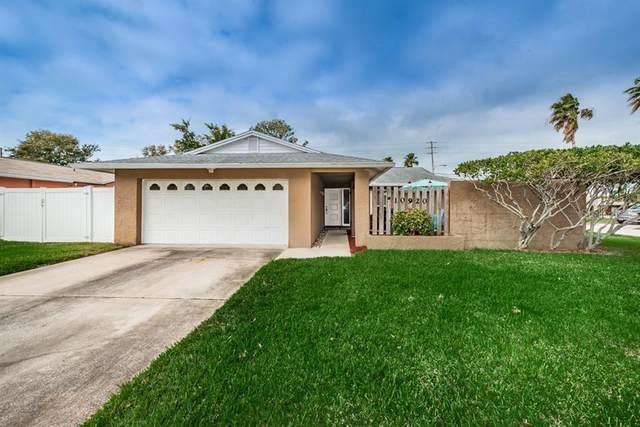 10920 Del Prado Drive W, Largo, FL 33774 (MLS #U8076574) :: Baird Realty Group
