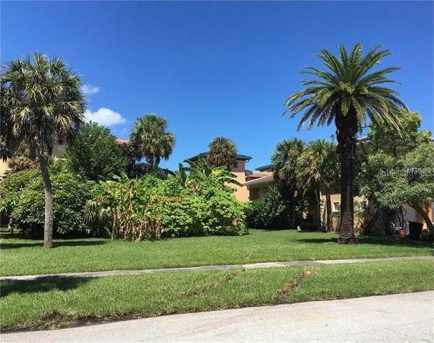 830 Bruce Avenue, Clearwater, FL 33767 (MLS #U8077522) :: The Duncan Duo Team