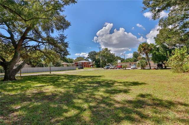 910 Crescent Lake Drive, St Petersburg, FL 33701 (MLS #U8079404) :: Lockhart & Walseth Team, Realtors