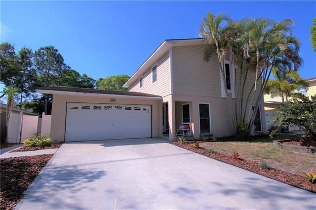 7240 118TH Circle, Largo, FL 33773 (MLS #U8079442) :: The Duncan Duo Team