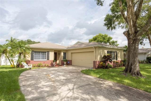 10942 Oakhaven Drive N, Pinellas Park, FL 33782 (MLS #U8079655) :: Team Borham at Keller Williams Realty