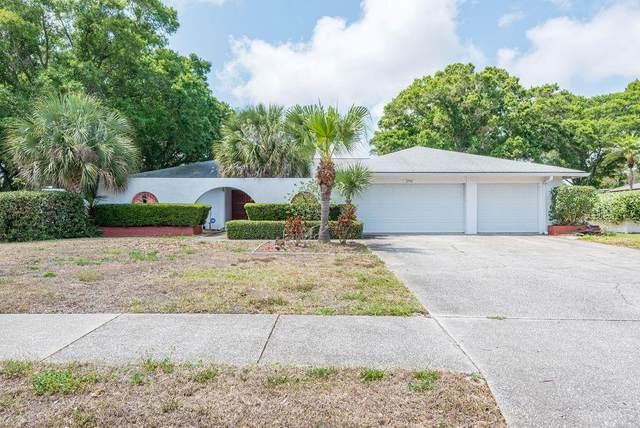 2750 Landmark Drive, Clearwater, FL 33761 (MLS #U8081672) :: Team Borham at Keller Williams Realty