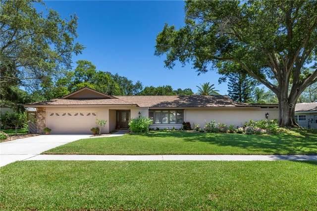2754 Westchester Drive N, Clearwater, FL 33761 (MLS #U8082419) :: Premium Properties Real Estate Services