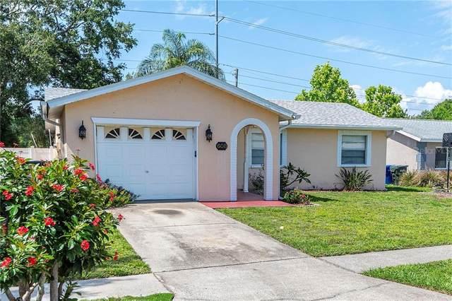 608 5TH Avenue SE, Largo, FL 33771 (MLS #U8085345) :: The Duncan Duo Team