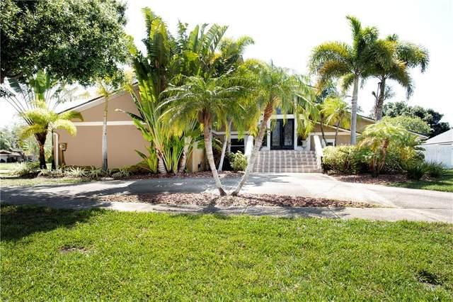 11329 Harborside Drive, Largo, FL 33773 (MLS #U8085490) :: The Duncan Duo Team
