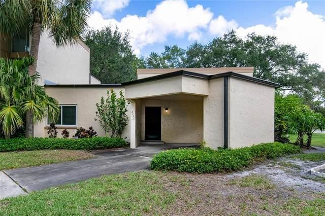 2757 Fox Fire Court, Clearwater, FL 33761 (MLS #U8085858) :: Alpha Equity Team