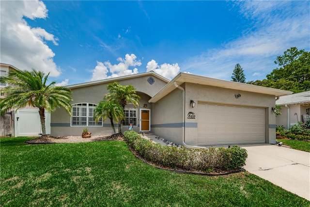 1537 Grandview Drive, Tarpon Springs, FL 34689 (MLS #U8086020) :: Alpha Equity Team