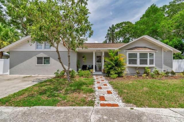 3245 Queen Street N, St Petersburg, FL 33713 (MLS #U8086353) :: The Paxton Group