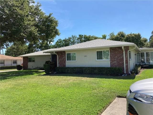 1009 Queen Anne Drive C, Palm Harbor, FL 34684 (MLS #U8089469) :: Delgado Home Team at Keller Williams
