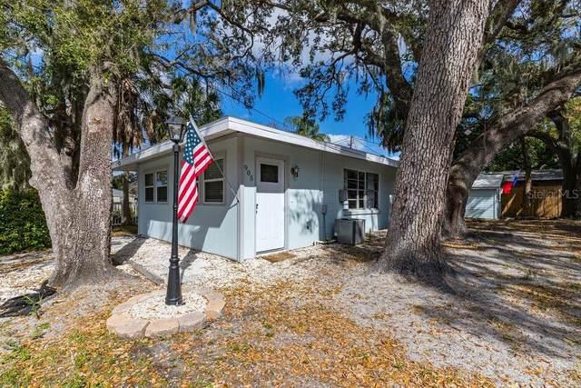 905 18TH Street W, Bradenton, FL 34205 (MLS #U8089573) :: Florida Real Estate Sellers at Keller Williams Realty