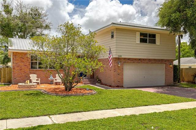 7321 Amhurst Lane, Clearwater, FL 33764 (MLS #U8089595) :: Key Classic Realty