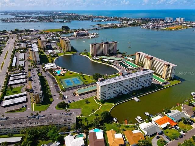 4550 Cove Circle #109, St Petersburg, FL 33708 (MLS #U8089662) :: Dalton Wade Real Estate Group