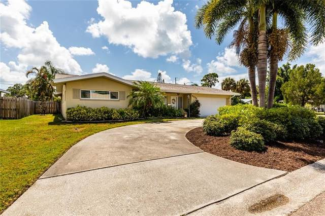 5272 38TH Street S, St Petersburg, FL 33711 (MLS #U8089949) :: Mark and Joni Coulter | Better Homes and Gardens