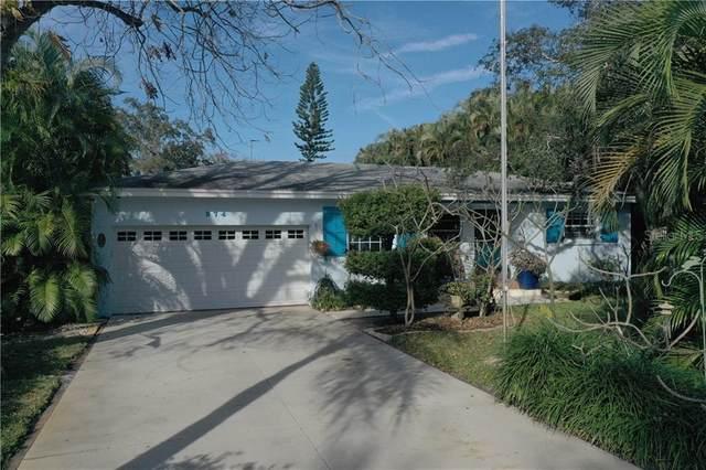 374 Foster Lane, Belleair, FL 33756 (MLS #U8090134) :: Premier Home Experts