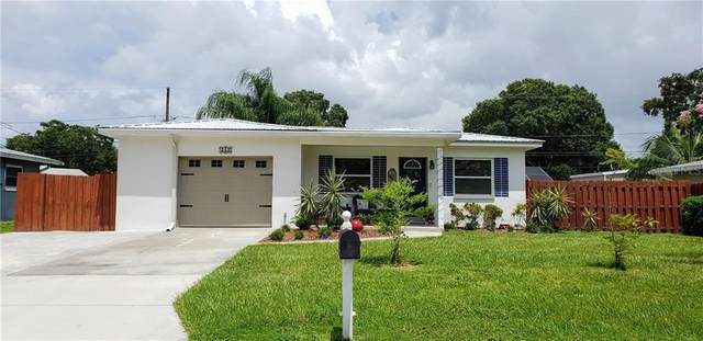 717 Pinewood Drive, Dunedin, FL 34698 (MLS #U8090322) :: Premium Properties Real Estate Services
