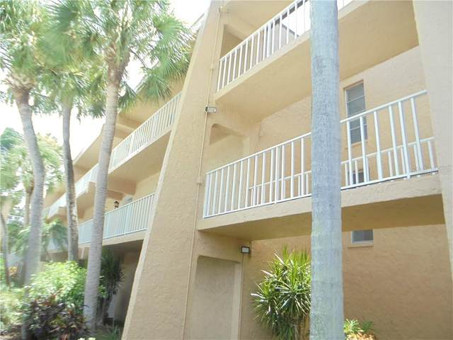 225 Country Club Drive D336, Largo, FL 33771 (MLS #U8090364) :: Team Bohannon Keller Williams, Tampa Properties