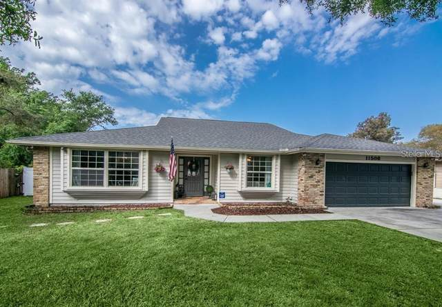 11586 Murray Avenue, Seminole, FL 33778 (MLS #U8090434) :: Delgado Home Team at Keller Williams