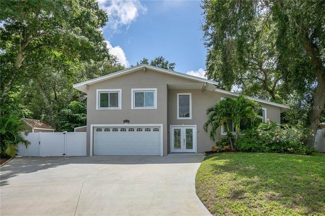 8250 139TH Lane, Seminole, FL 33776 (MLS #U8090435) :: Griffin Group