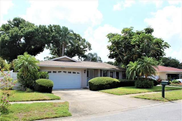9295 120TH Way, Seminole, FL 33772 (MLS #U8090799) :: McConnell and Associates