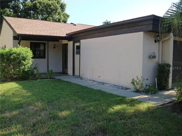 2701 Oak Circle #2701, Tarpon Springs, FL 34689 (MLS #U8093632) :: The Robertson Real Estate Group