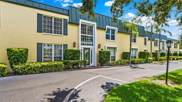 515 Bayview Drive NE #1, St Petersburg, FL 33704 (MLS #U8093880) :: Premium Properties Real Estate Services