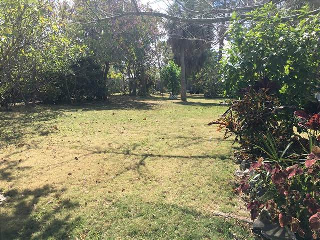 E Maritana Avenue, St Pete Beach, FL 33706 (MLS #U8093886) :: Rabell Realty Group