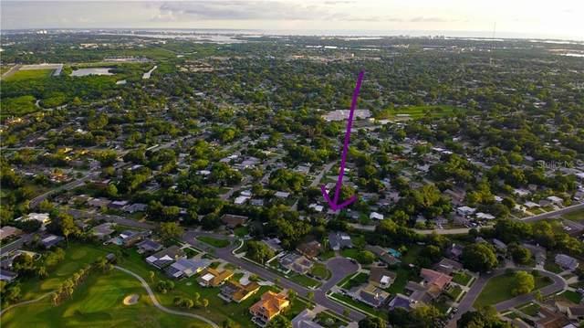 8056 Bayou Drive, Seminole, FL 33777 (MLS #U8094331) :: The Light Team