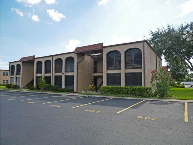 7701 Starkey Road #202, Seminole, FL 33777 (MLS #U8094355) :: The Duncan Duo Team