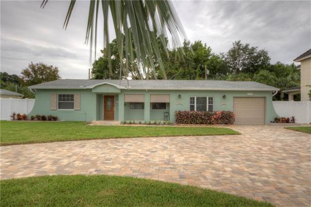 1033 Snell Isle Boulevard NE, St Petersburg, FL 33704 (MLS #U8096182) :: Team Borham at Keller Williams Realty