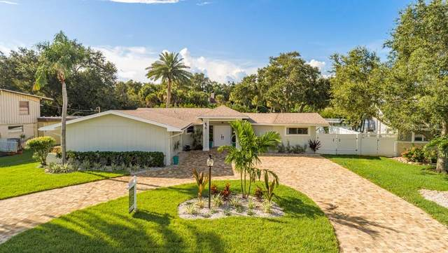 5 Sunset Bay Drive, Belleair, FL 33756 (MLS #U8098473) :: The Light Team
