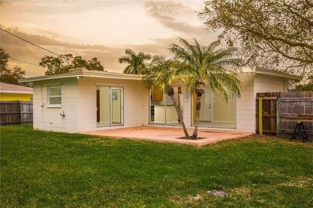 3746 Overlook Drive NE, St Petersburg, FL 33703 (MLS #U8098481) :: GO Realty