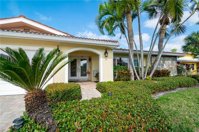 310 Palm Island SE, Clearwater, FL 33767 (MLS #U8098910) :: Mark and Joni Coulter | Better Homes and Gardens