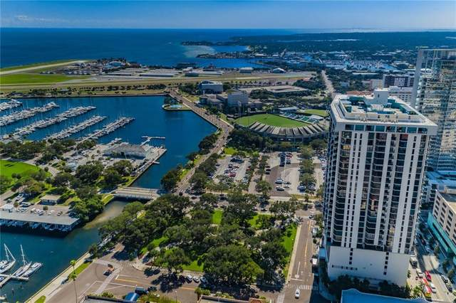 1 Beach Drive SE #808, St Petersburg, FL 33701 (MLS #U8099082) :: Cartwright Realty