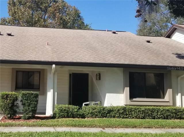 2567 Oakleaf Lane 41C, Clearwater, FL 33763 (MLS #U8100338) :: The Light Team