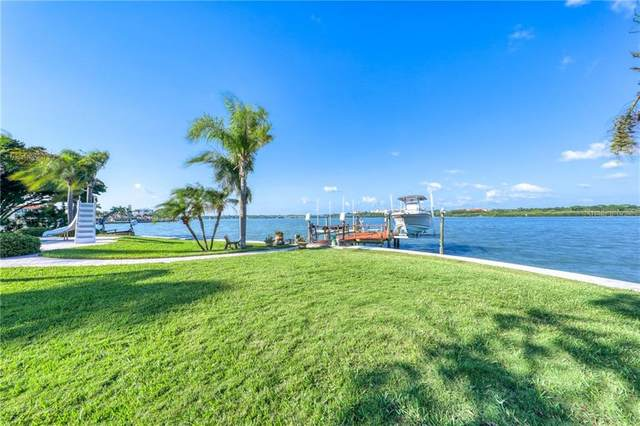 583 Crystal Drive, Madeira Beach, FL 33708 (MLS #U8101646) :: Dalton Wade Real Estate Group