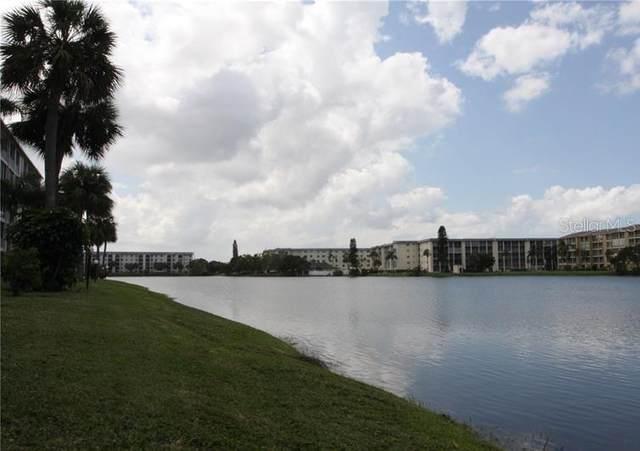 3332 Lake Bayshore Drive #119, Bradenton, FL 34205 (MLS #U8101879) :: Prestige Home Realty