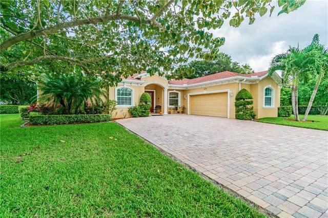 5715 Charmant Drive, Clearwater, FL 33760 (MLS #U8102152) :: The Light Team