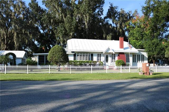 38803 6TH Avenue, Zephyrhills, FL 33542 (MLS #U8102336) :: Pristine Properties