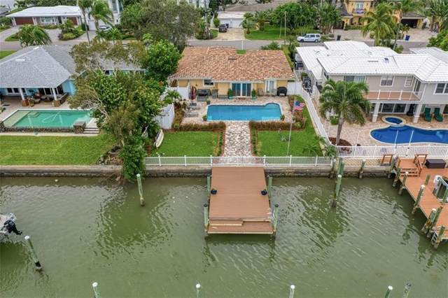 120 Bayside Drive, Clearwater, FL 33767 (MLS #U8102358) :: Pristine Properties