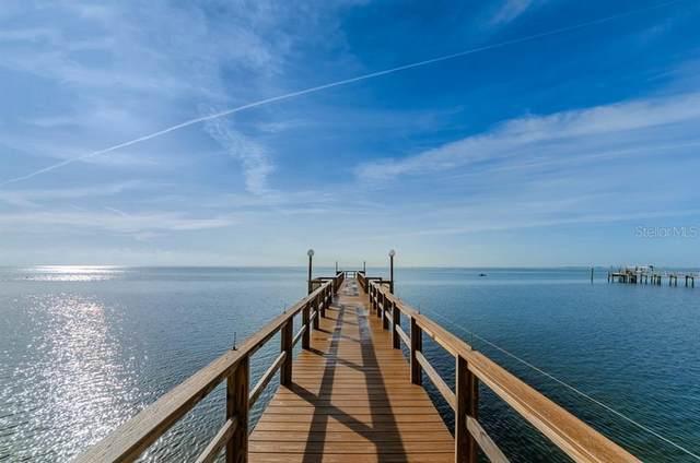 650 Pinellas Point Drive S #202, St Petersburg, FL 33705 (MLS #U8102670) :: Alpha Equity Team