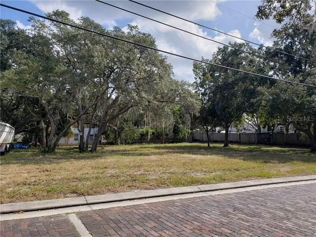 Doric Court, Tarpon Springs, FL 34689 (MLS #U8102708) :: Lockhart & Walseth Team, Realtors
