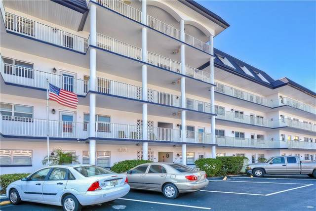 5960 30TH Avenue S #402, Gulfport, FL 33707 (MLS #U8102770) :: Globalwide Realty